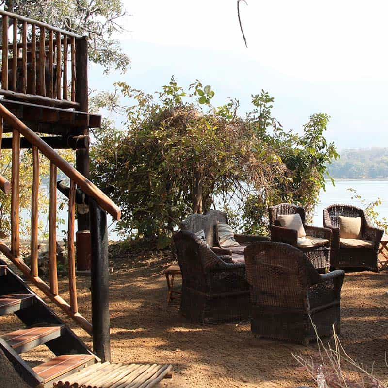 bushlife-safaris-mana-pools-outside-seating