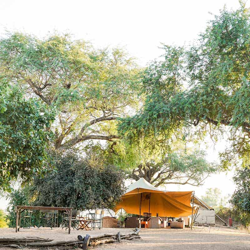 Little Vundu Camp Bushlife Safaris Main Lounge